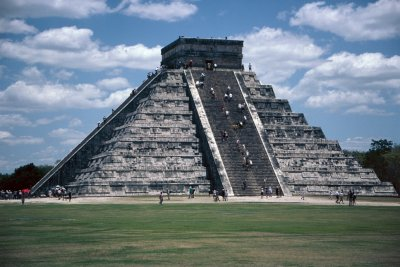 http://www.ssqq.com/travel/images/pyramid%20mexican.jpg