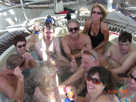 wife nude hot tub